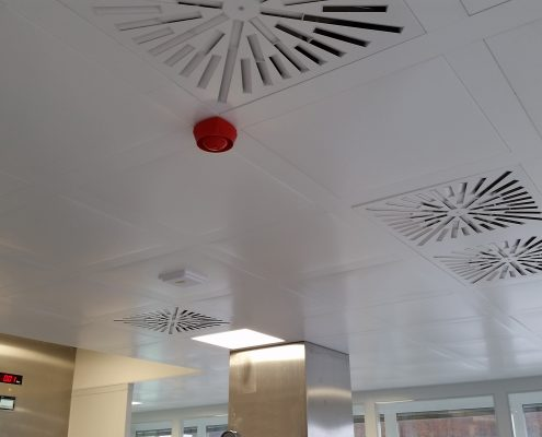 Cleanroom ceiling type VarioAccess non-walkable 1